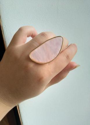 Красивое стильное большое кольцо с большим камнем модное