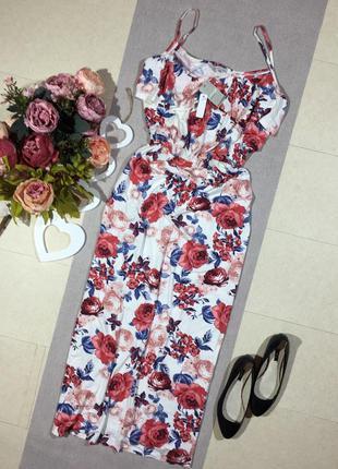 Новое! шикарное платье с вискозы в цветочный принт!
