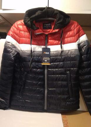 Мужская легкая демисезонная куртка