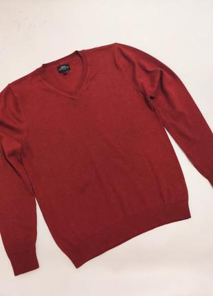 Легкий теплый пуловер терракотового цвета