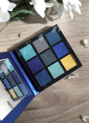 Палетка теней для век huda beauty sapphire obsessions palette