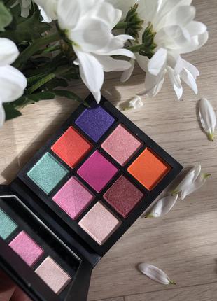 Палетка теней для век huda beauty gemstone obsessions palette