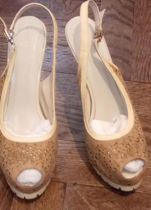 Туфли летние glossi