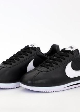 Nike cortez black white