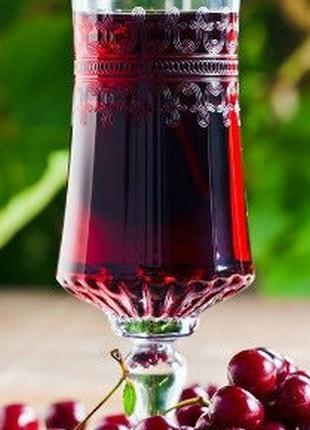 Натуральный вишнёвый сок 100%, есть и слива и виноград