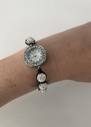 Часы-браслет шамбала