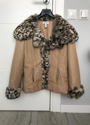 Осенняя куртка tuzzi с натуральным меховым воротником {кролик}