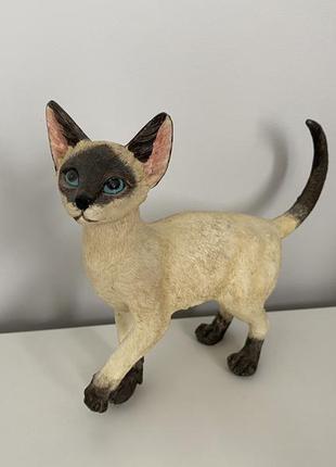 Статуэтка сиамский кот