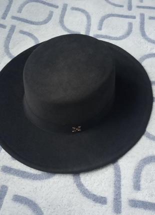 Шляпа женская канотье с широкими полями черная и лентой м