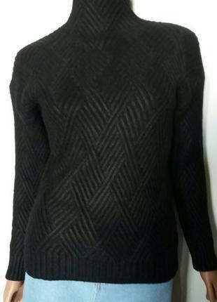 Женский теплый вязаный свитер с геометрическим узором черный