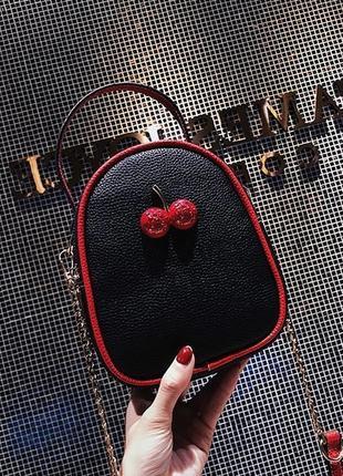 Маленькая женская сумка cherry черная