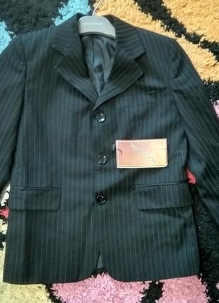 Новый итальянский пиджак для мальчика
