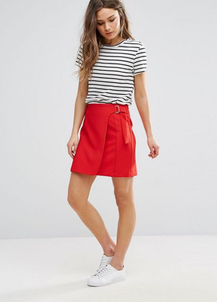 Красивая, красная мини-юбка с эмитацией на запах, new look