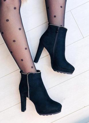 Зимние ботильоны ботинки на каблуках черевики ботильони