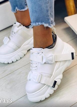 Белые кроссовки на платформе кроссы білі кросівки кроси