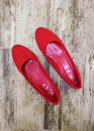 Красные балетки червоні туфлі туфли туфельки