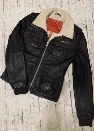 Superdry кожаная куртка с утеплителем размер s 100% натуральна...