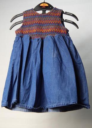 Джинсовое платье на 6-9 месяцев