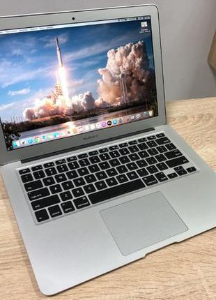 Ноутбук APPLE A1466 MACBOOK AIR 13 в отличном состоянии