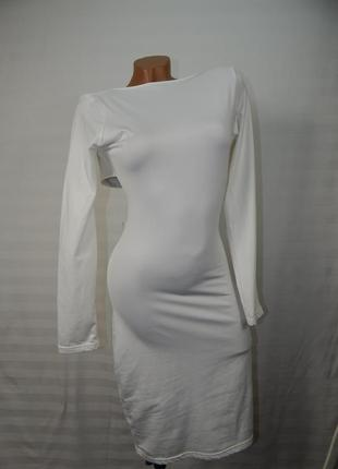Идеальное белое платье с открытой спиной