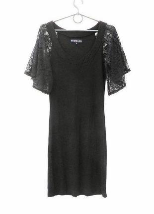 Летнее трикотажное платье с кружевными рукавами из вискозы