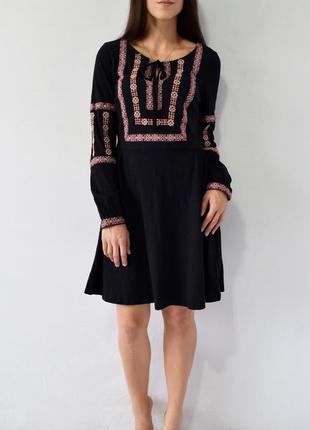 Платье с вышивкой topshop