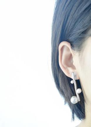 Нежные серьги веточка с бусинами жемчужинами серебристая