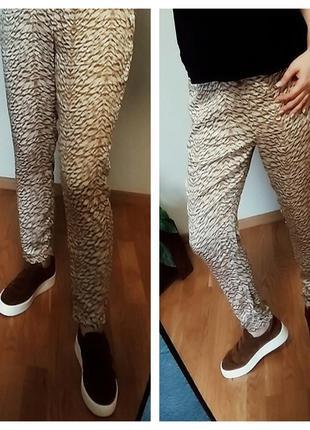 Зауженные брюки  чинос , пояс на резинке  h&m 14-16 размер.