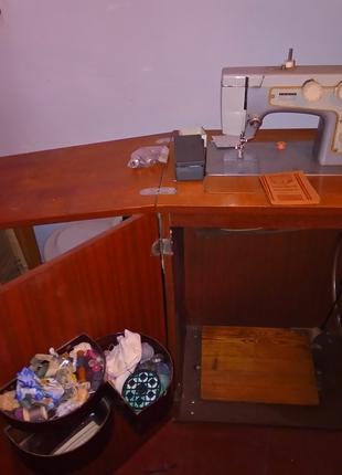 Швейную машинку СССР