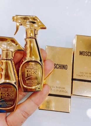 Moschino gold fresh couture парфюмированная вода  5 мл(миниатюра)