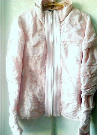 Лёгкая куртка s m нежного цвета италия pienti розовая демисезо...