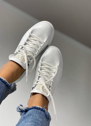 Натуральные кожаные женские кроссовки