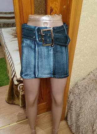 Джинсовая юбка с необычным окрасом