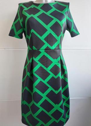 Красивое платье marks&spencer с геометрическим принтом
