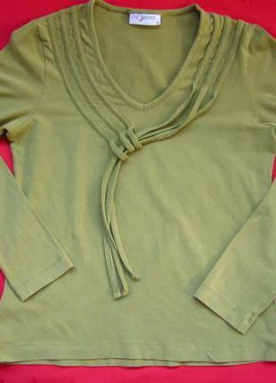 Фирменный реглан свитер,отличное состояние