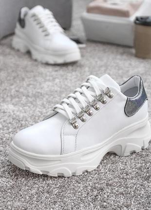 Женские кожаные кроссовки туфли на шнурках толстая высокая под...