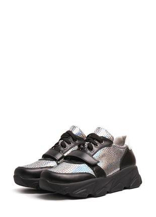 Женские кожаные серебристые кроссовки туфли на шнурках липучке...