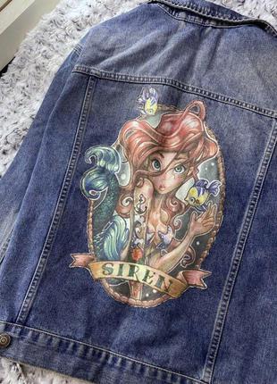Джинсовая куртка, джинсовка с нашивкой topshop
