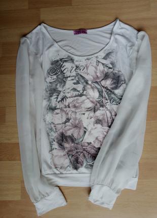 Белая блуза с шифоновыми рукавами