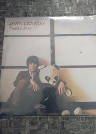 Продам неофициальную пластинку в коллекцию John Lennon