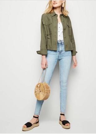 Стильные новые с биркой джинсы скинни new look
