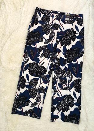 Новые с биркой брюки marks&specer размер 54