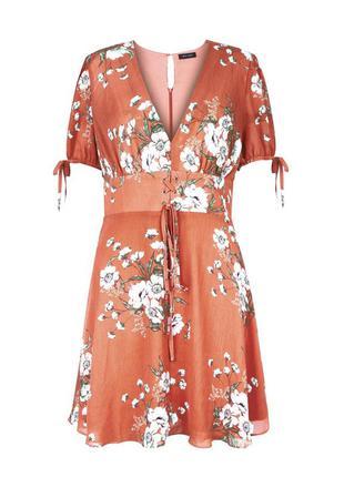 Новое с биркой оранжевое платье в цветочный принт new look раз...