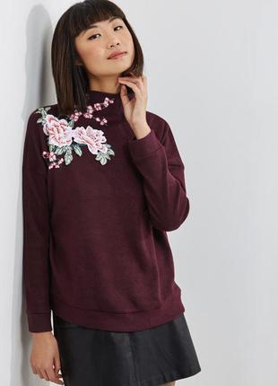 Красивый тёплый бордовый свитер с вышивкой new look