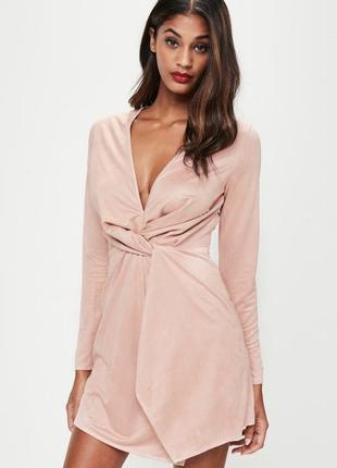 Розовое платье под замшу с длинным рукавом  missguided