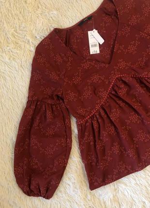 Новая с биркой терракотовая блуза с вышивкой и объемными рукав...