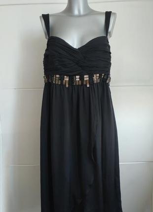 Изысканное шелковое платье zara с декором на груди
