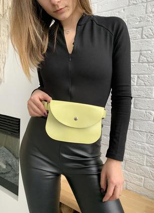 Женская сумка на пояс салатовая, поясная сумка