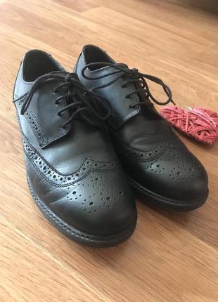 Стильные туфли лоферы кожаные размер 34 george