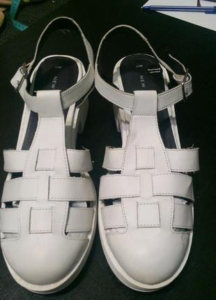 New look сандали босоножки 25.5-26 см